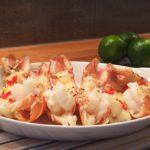 Skalldyrfest med sjøkreps, hvit asparges, reker, krabbe, limesmør og chilimarmelade