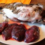 Rypebryst med hvitløksstekt champignon, karamellisert fiken og viltsaus fra «Kokkenes Kamp»