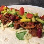 Hjemmelaget taco med mango- og avokadosalat